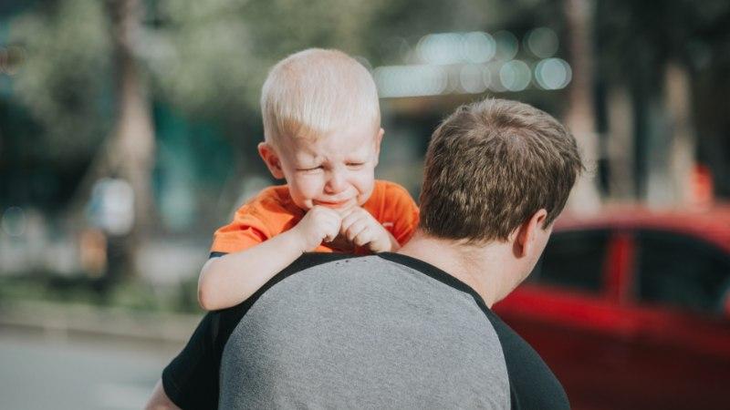 Pereterapeut soovitab: nii säästad lapsi lahkumineku raskustest