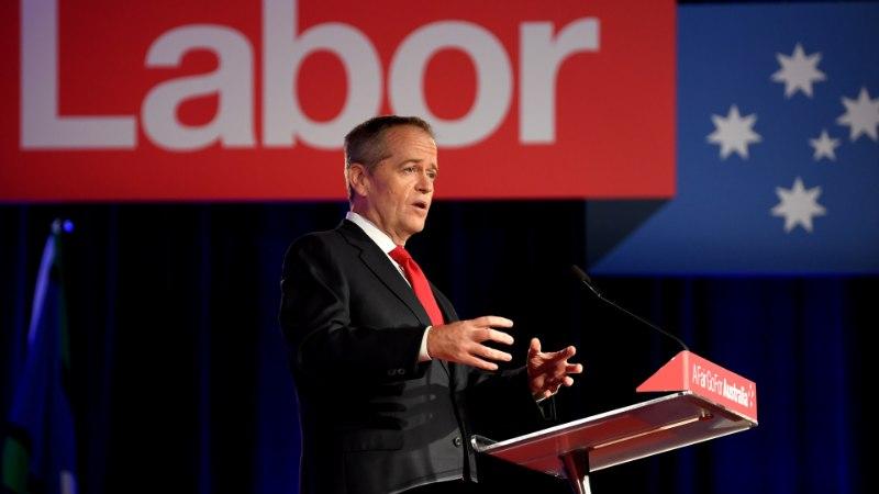 10 AASTA JOOKSUL KUUS VALITSUSJUHTI: austraallased ei jõua peaministrite vaheldumist jälgida