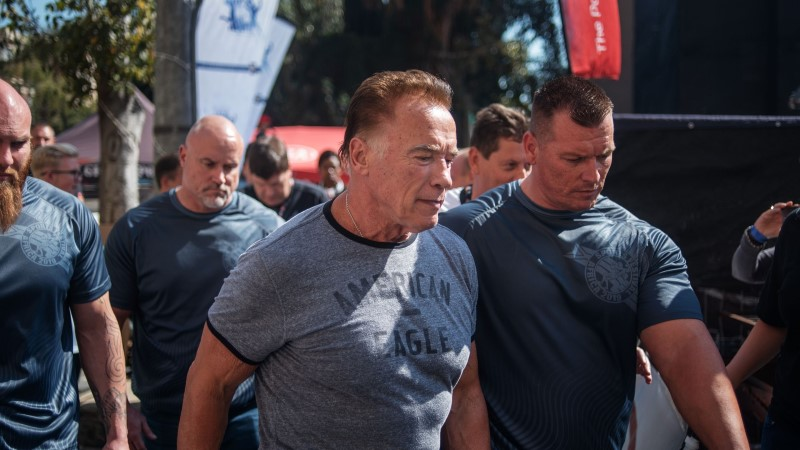 На 71-летнего Арнольда Шварценеггера напали в ЮАР