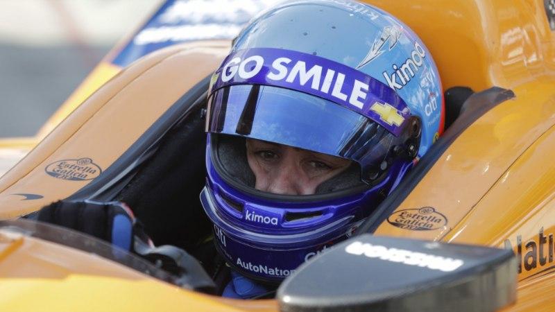 McLareniga põrunud Alonso suur unistus pandi ootele