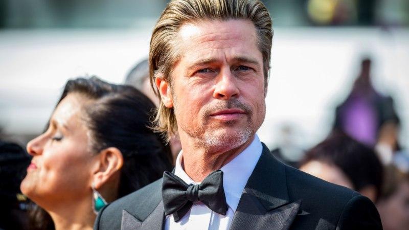 GALERII   ÕL CANNES'IS: hurmurid Leonardo DiCaprio ja Brad Pitt ajasid punasel vaibal pealtvaatajad täiesti pööraseks