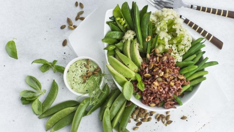 Roheline kauss pakatab tervisest ja heast maitsest