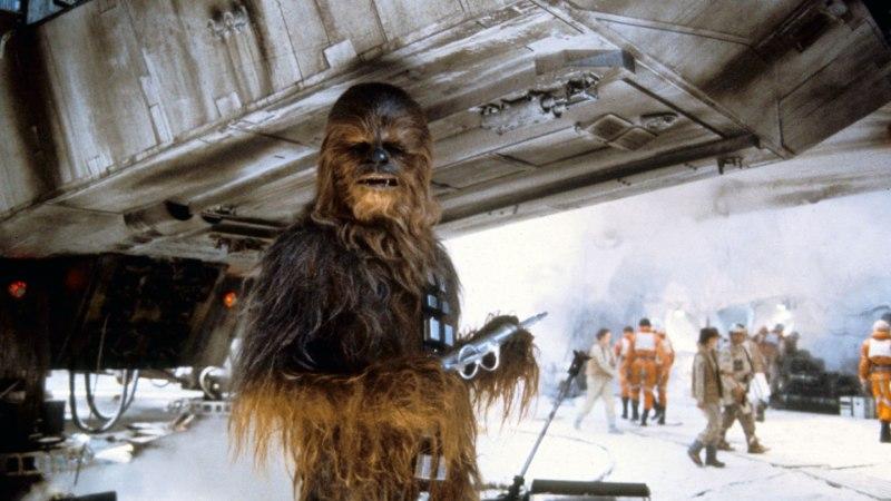 """Suri """"Tähesõdades"""" Chewbaccat mänginud legendaarne Peter Mayhew"""