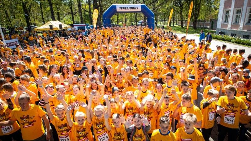 GALERII | 12000 last jooksis ratastoolikasutajate mängupargilaiendamise toetuseks