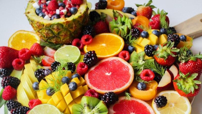 VIDEO   Lihtsamast lihtsamad puuvilja-nipid, mida kohe täna katsetada!