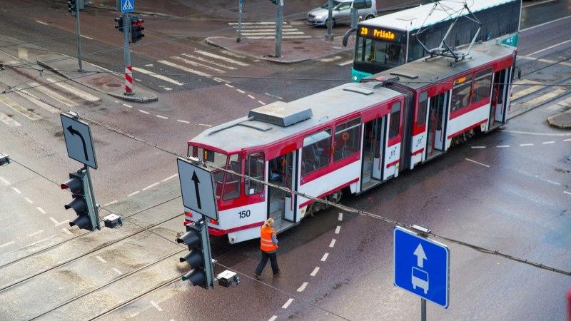 Pealinna plaan osta kaheksa uut trammi kukkus läbi
