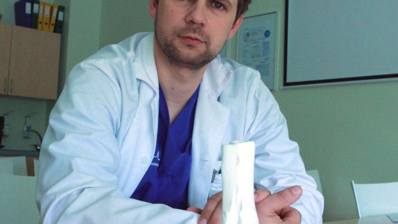 NOORE NAISE JALG PÄÄSTETI: arstid asendasid hävinud kontsluu 3D-prinditud implantaadiga